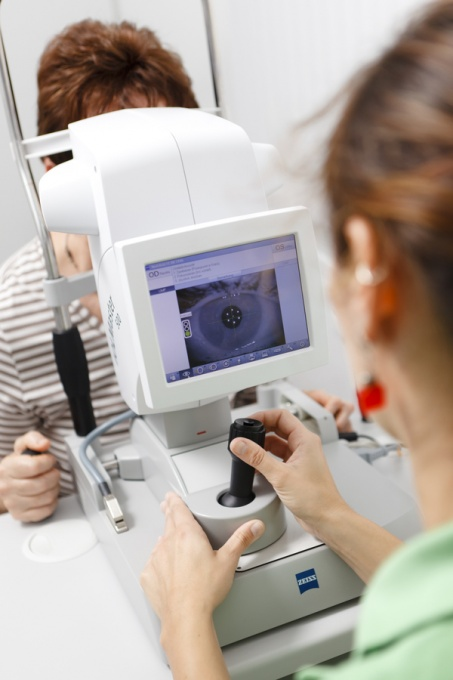 Let the Dr's at Eye Care Ltd help you with your eye care needs. Located in Highland Park and Skokie Il